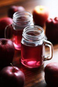 juicing organic apples